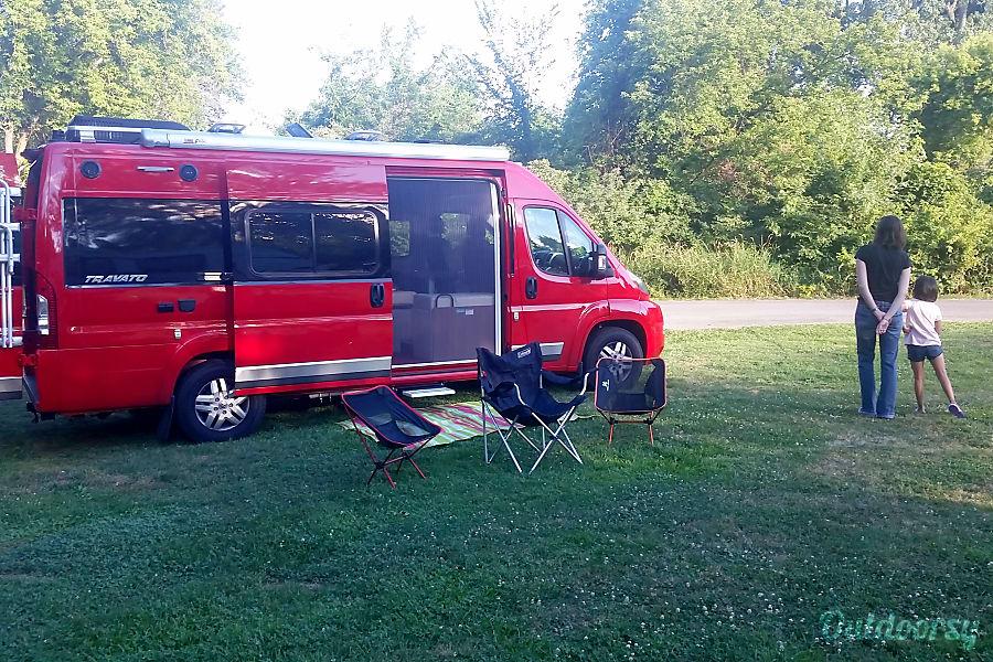 exterior Roxanne (2015 Winnebago Travato 59G) Silver Spring, MD