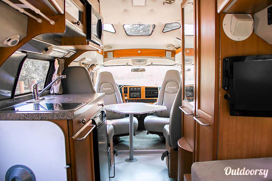 interior 2008 Roadtrek 190 Versatile Bakersfield, CA