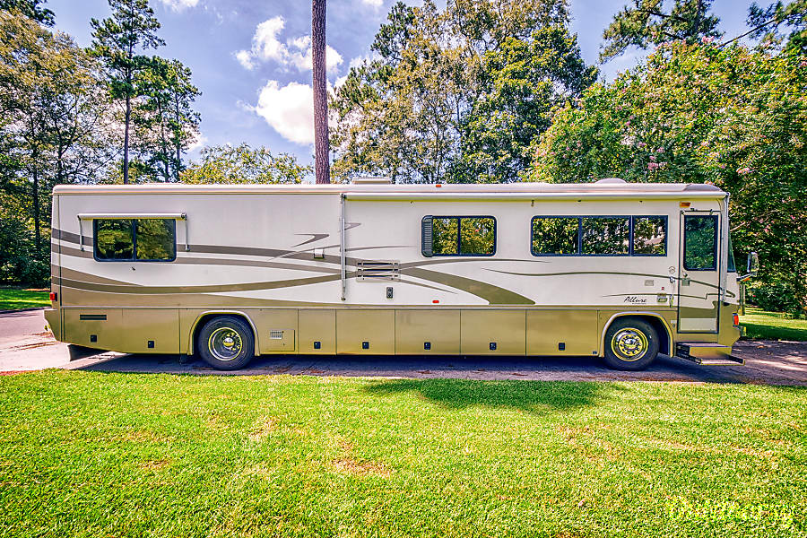 1999 Country Coach Allure Motor Home Class A Rental In Charleston  Sc
