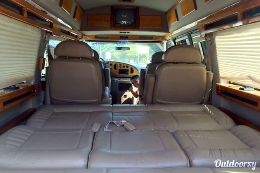2003 Ford Econoline E250supercab Los Angeles, CA
