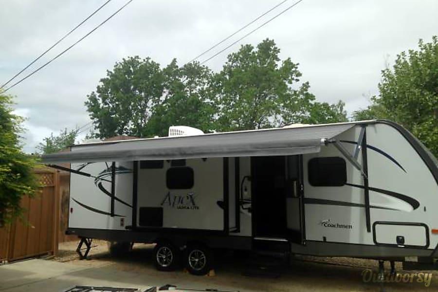 2016 Apex Coachman 269 Placerville, CA