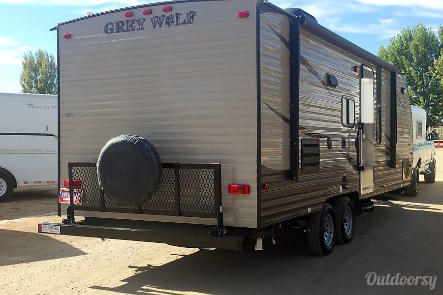 exterior 2016 Forest River Cherokee Grey Wolf 23BD Sacramento, CA