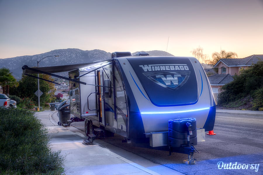 Winnebago Ultralite Winchester, CA