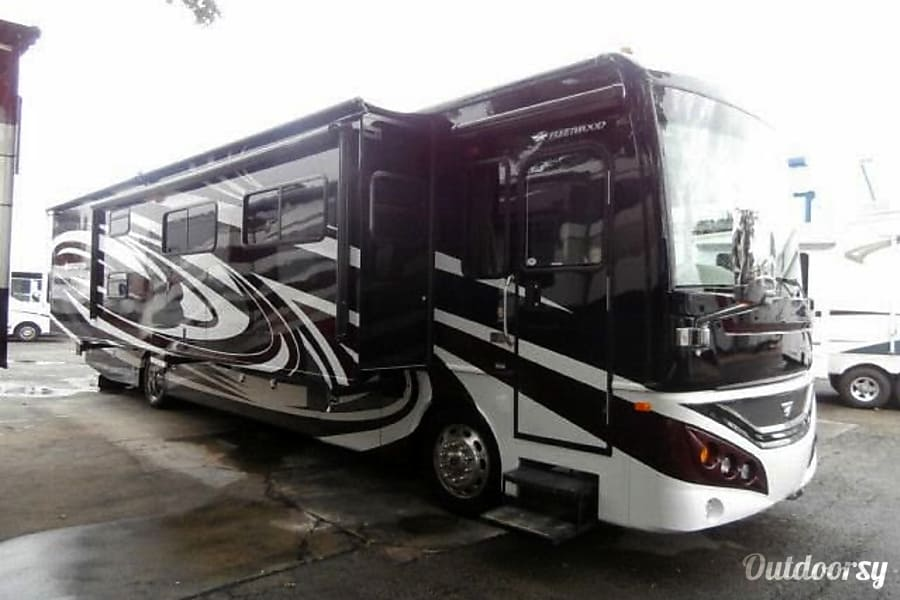 2012 Fleetwood Expedition Cibolo, TX