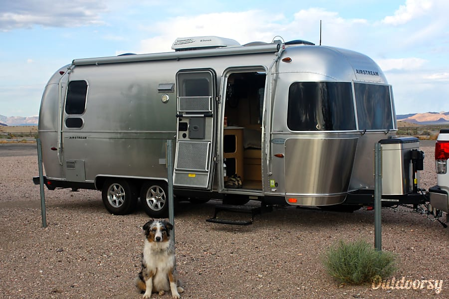 23 ' Airstream Flying Cloud-2014 Irving, TX Crossing the mountains into Yosemite, we took a break to walk Blue.