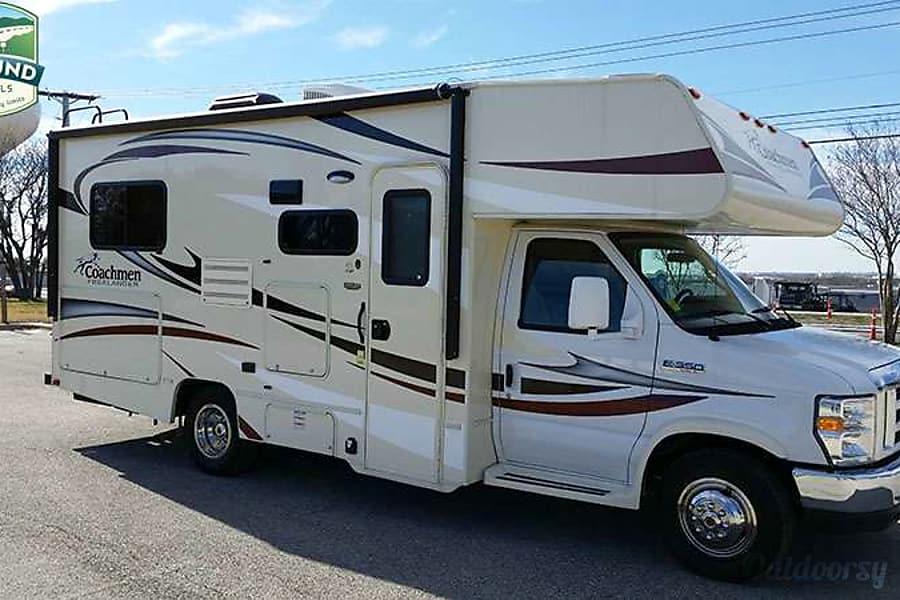 exterior 2015 Freelander 21QB Round Rock, TX