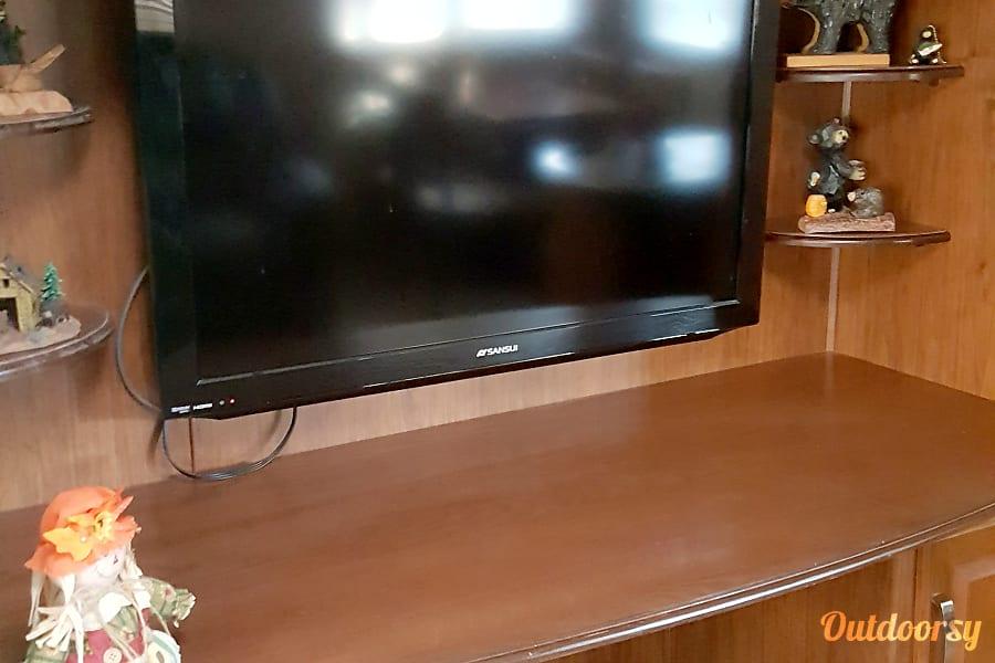 Big Bear Manchester, TN 42 inch tv