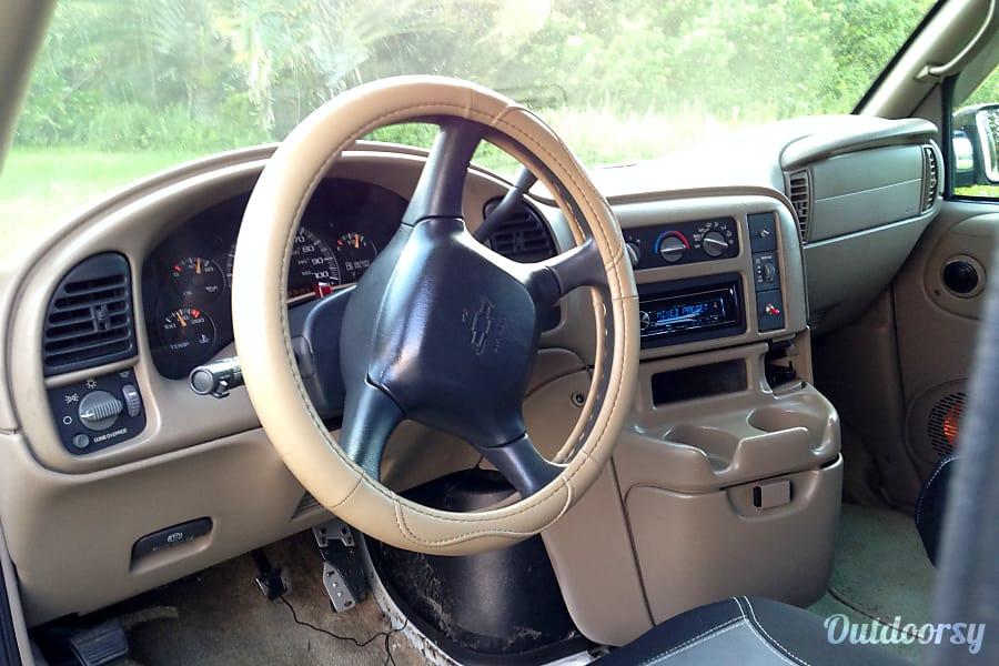 ecc0f52217 2000 Chevrolet High Top Astro Van Motor Home Camper Van Rental in ...