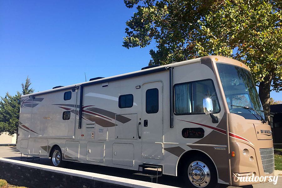 2016 Winnebago Vista  1.5 Baths + Bunks/OutsideTV Galena, OH