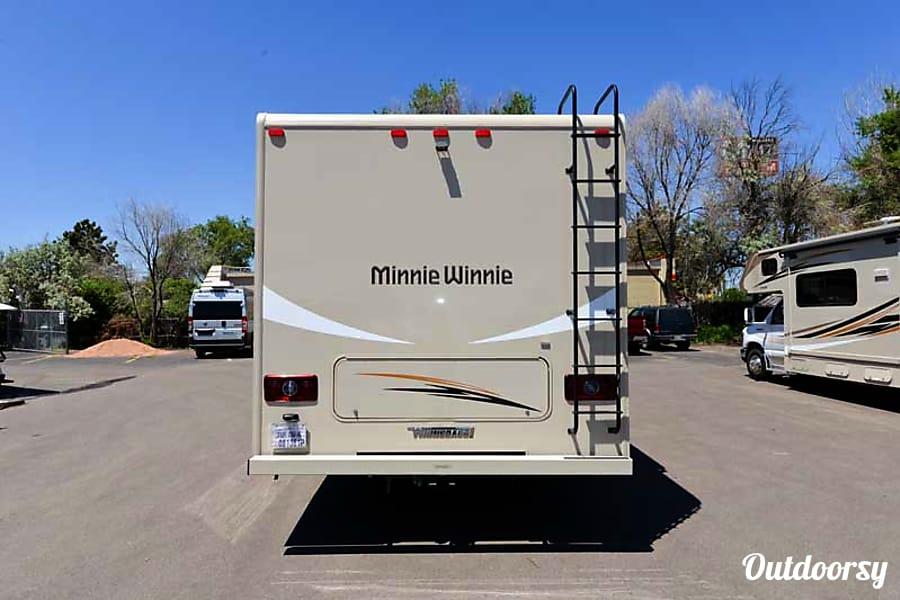 2017 Winnebago Minnie Winnie 327Q Aurora, CO