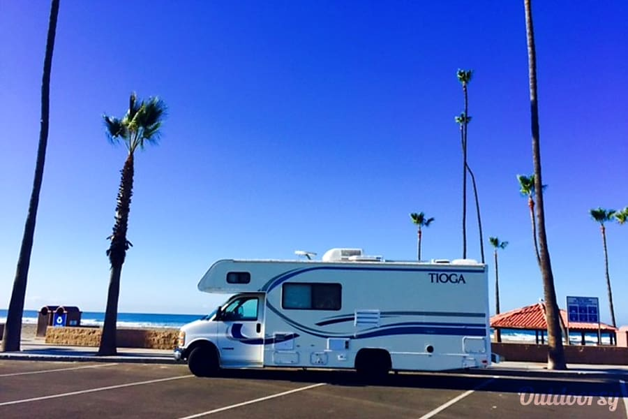exterior 22' Tioga Mini RV EZ 2 Drive-Sleeps 6 Oceanside, CA