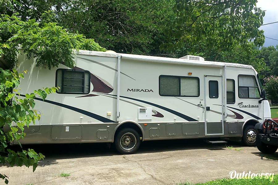 exterior 2003 Coachmen Mirada Mableton, GA