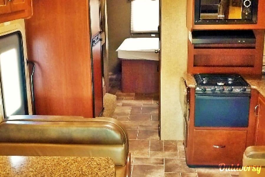 interior 33ft Thor Class C Bunkhouse (C3006) Sun City, AZ