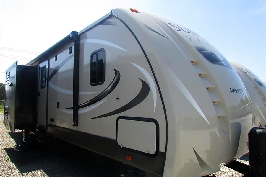 RV 09: CrossRoad Sunset Trail Super Lite-320BH Herndon, VA