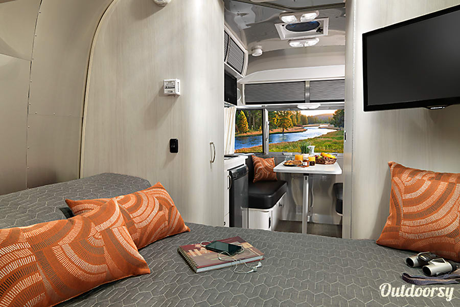 interior 2017 Airstream Sport Glendale, AZ