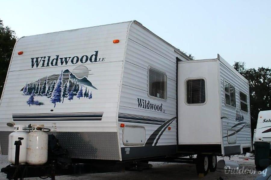 #4 2006 Forest River Wildwood Camper Bradenton, FL