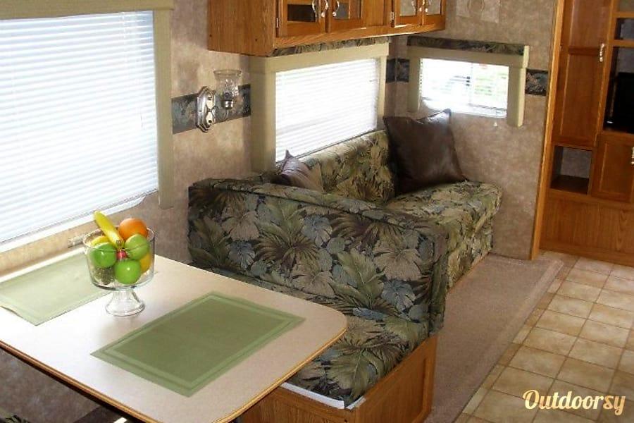 #9 2006 Riverside Camper Bradenton, FL