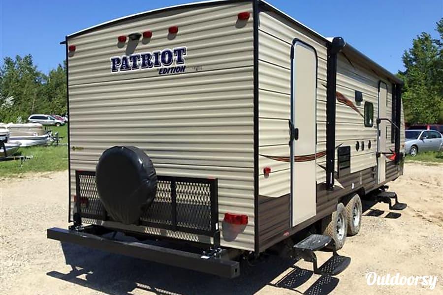 29'  Patriot Phoenix, AZ