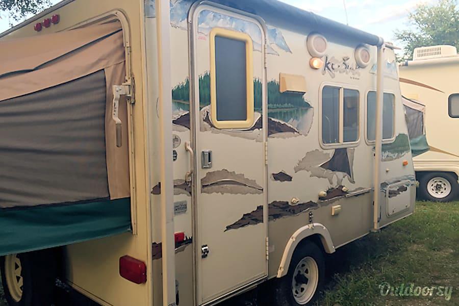 #12 2007 Kodiak Camper Bradenton, FL