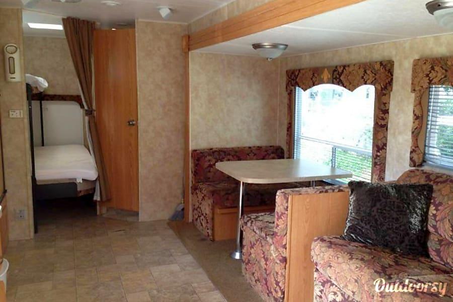 #22 2008 Coleman Camper Bradenton, FL