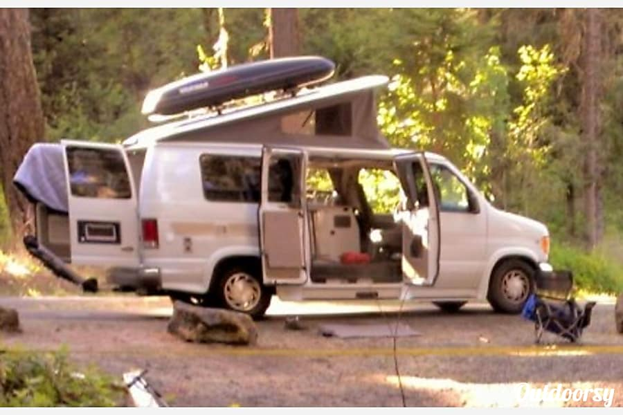 exterior 2000 Ford E-150 GTRV Westy Tigard, OR