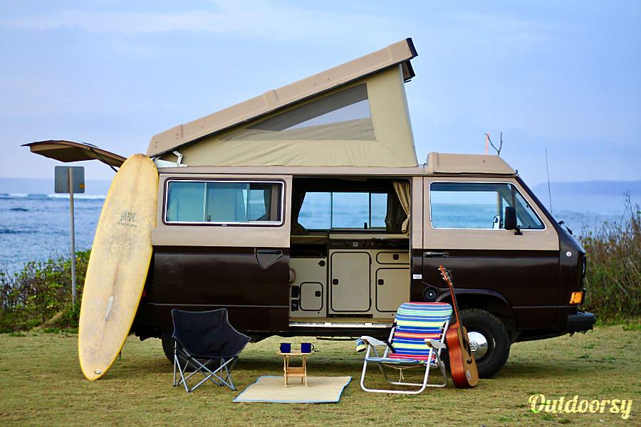 1984 volkswagen vanagon motor home camper van rental in waialua hi outdoorsy. Black Bedroom Furniture Sets. Home Design Ideas