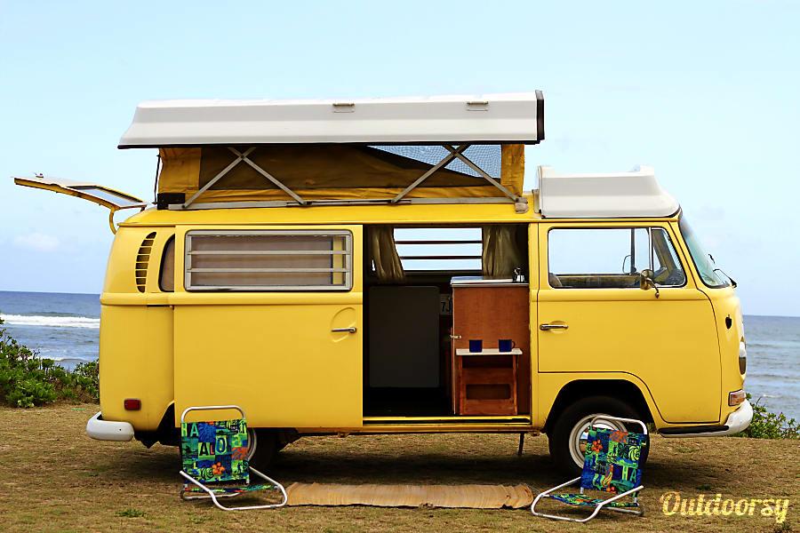 49003aa17ec1ac 1970 Volkswagen Bus Motor Home Camper Van Rental in Wahiawa