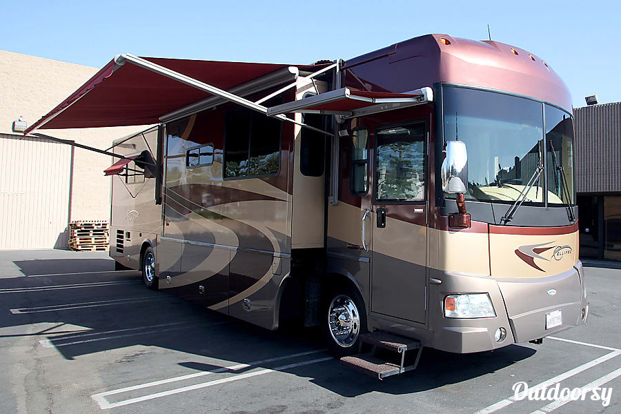 exterior 2007 Itasca Ellipse 40' Luxury Class A Diesel Pusher Motorhome Chatsworth, CA