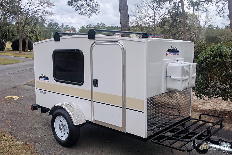 2016 Runaway Campers Navigator Trailer Rental In Cleveland
