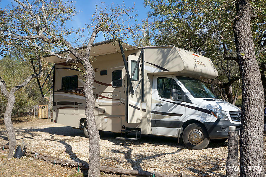 2015 Mercedes-Benz prism Wimberley, TX profile of RV, awning is not rolled out completely in this picture