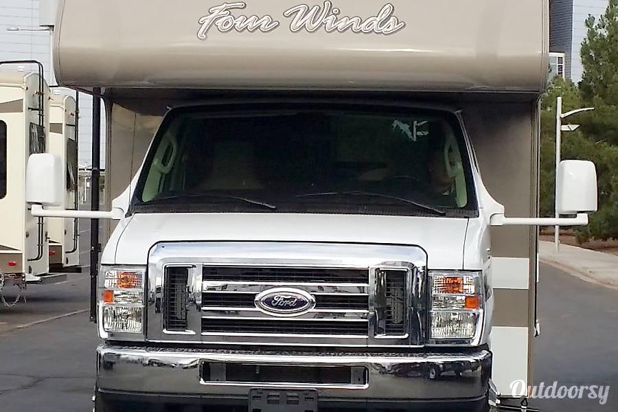 exterior Silver Cloud - Thor Four Winds 28z Glendale, AZ