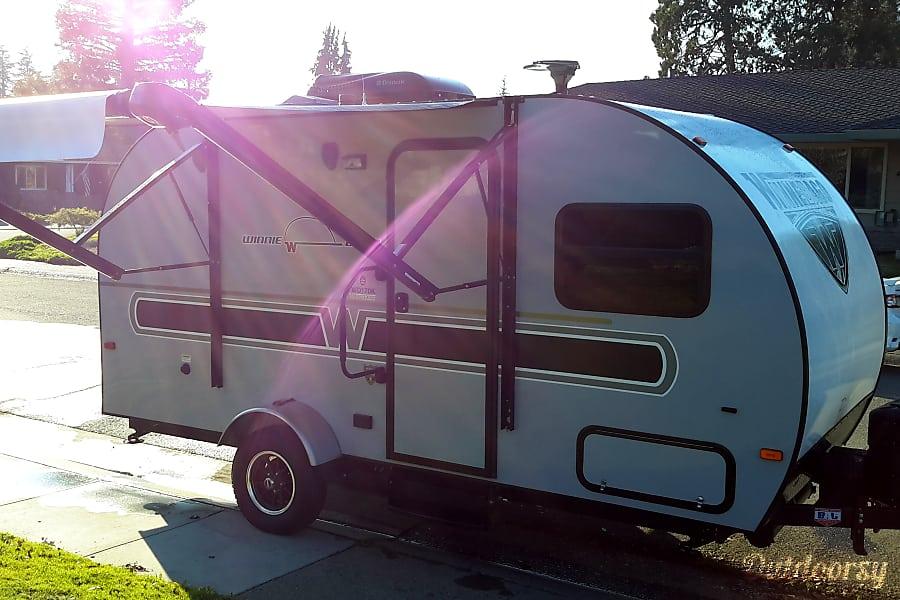 exterior Winne-Drop Sacramento, CA