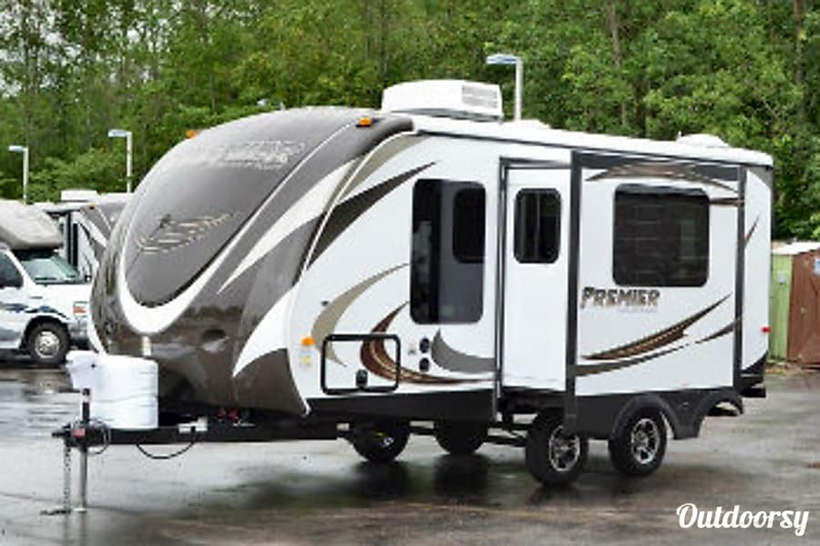 exterior Keystone Premier 19FBPR Hockley, TX