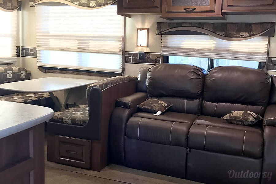 2015 Jayco Eagle Riverside, CA The couch is leather and comfortable. Also folds into a bed.