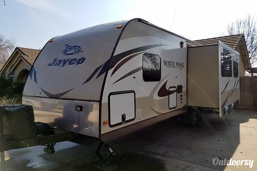 exterior 2015 Jayco White Hawk 27DSRL Atwater, CA