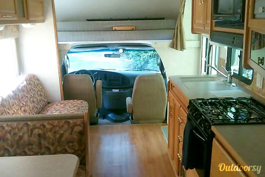 "interior ""Life is Good"" in our 2006 Winnebago Minnie Winnie! Alcoa, TN"