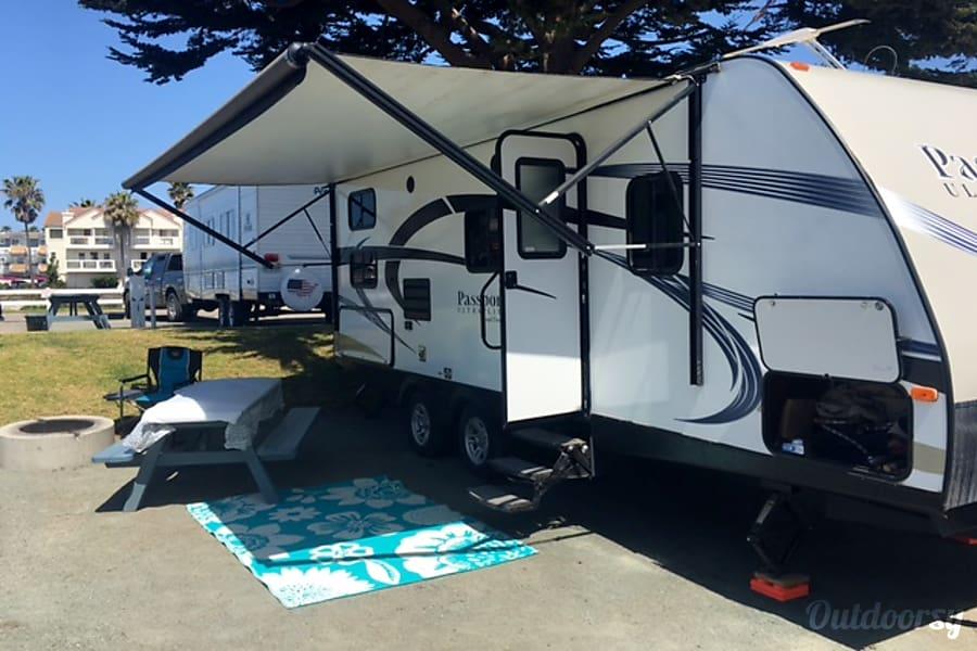 exterior 27′ Passport Ultra Lite - Beach/Oceano Dunes Ready Oceano, CA