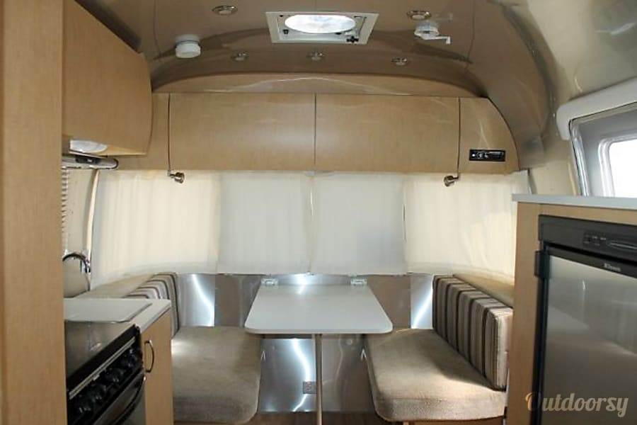 2011 Airstream Flying Cloud Trailer Rental In Chino Ca