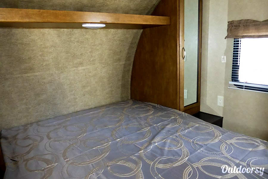 interior 28' Wildwood With Bunk Beds/Slideout (T23) San Marcos, CA