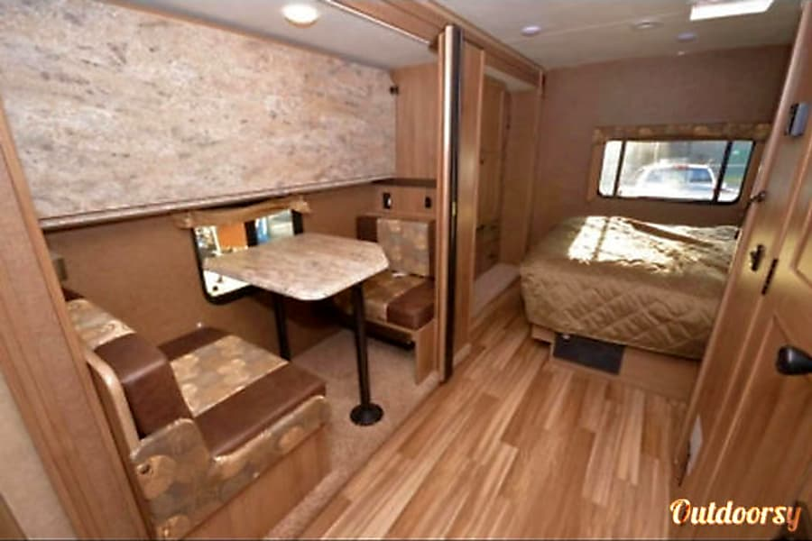 2017 Coachmen Freelander with bunk beds Queens, NY The bunk beds convert into a small dinette, a great place to work are sip hot chocolate or coffee in the morning.