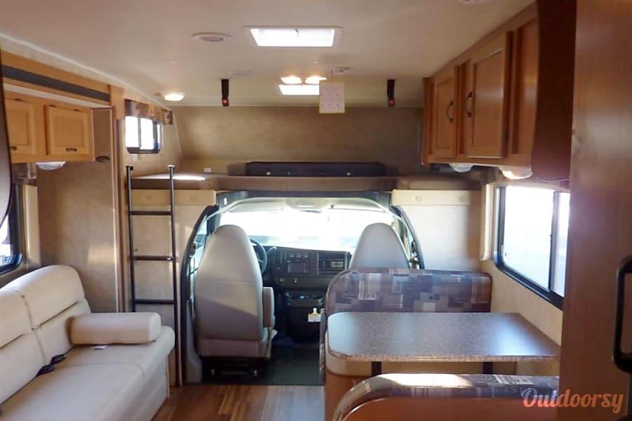 2012 Coachmen Freelander Shasta Lake, CA