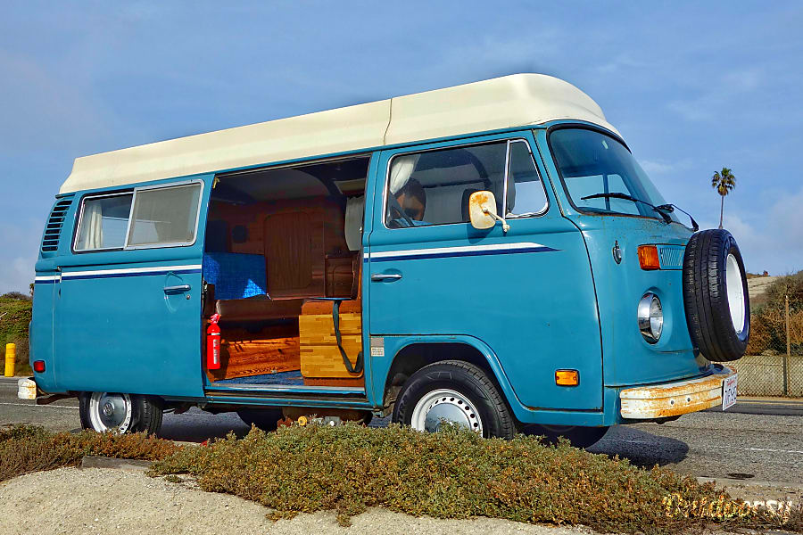1979 volkswagen bus motor home camper van rental in los angeles ca outdoorsy. Black Bedroom Furniture Sets. Home Design Ideas