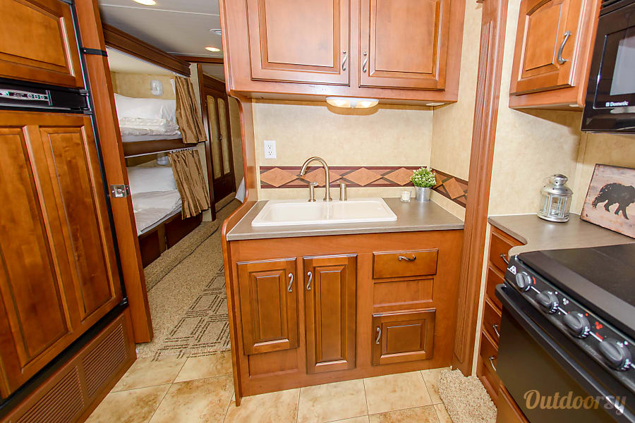 Large Group Luxury- Griffin Greyhawk Levittown, PA Sink with ample storage above