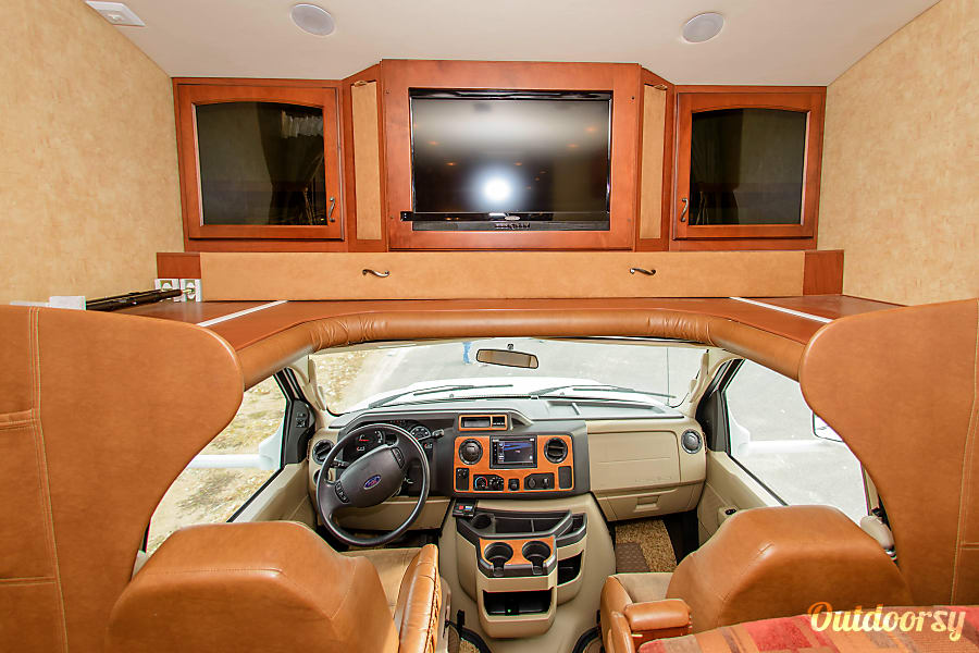 interior Large Group Luxury- Griffin Greyhawk Yardley, PA