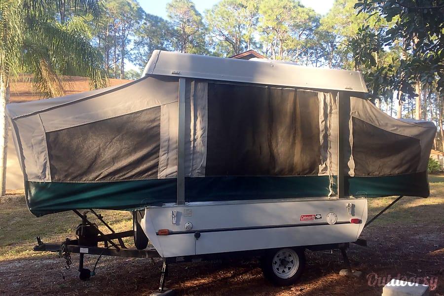 2000 Coleman Destiny Taos Bonita Springs, FL