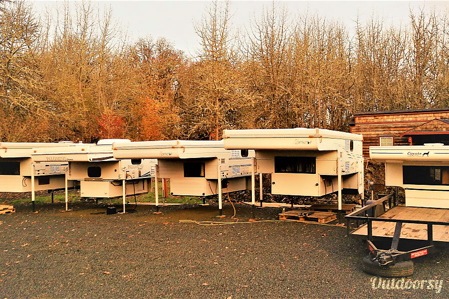"""Lassen"" Camper Fully Outfitted+Solar! Salem, OR"