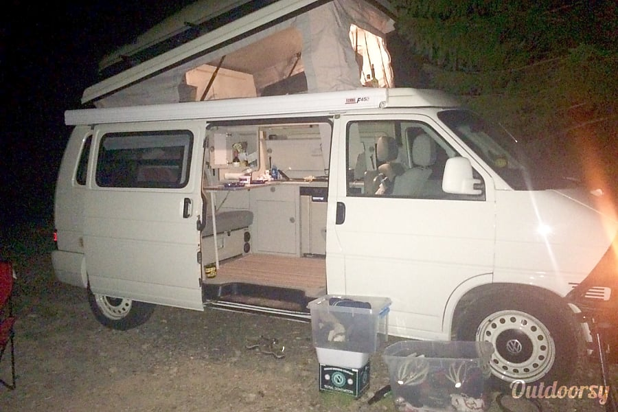 2002 Volkswagen Eurovan Portland, OR She looks so neat at night...