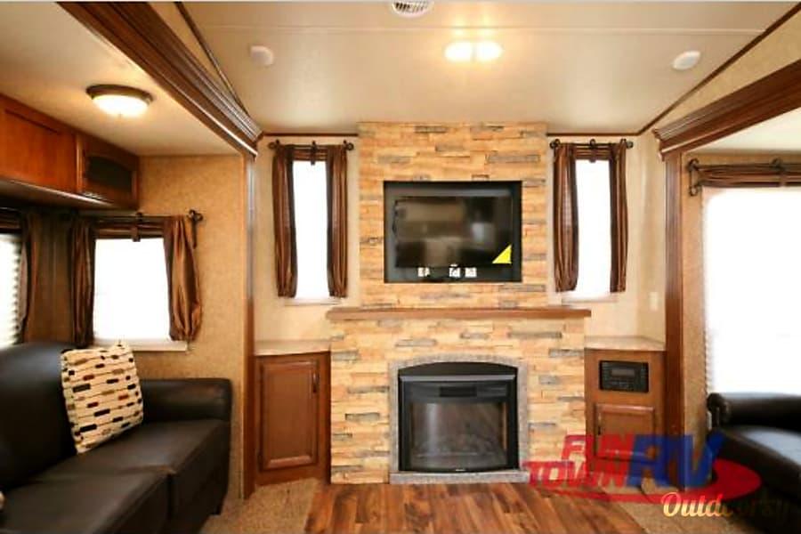 interior 2015 Forest River Wildwood Azle, TX