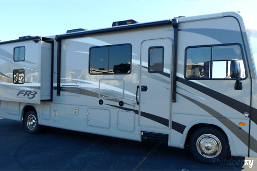 Forest River Fr3 >> 2016 Forest River Fr3 Motor Home Class A Rental in Grosse Pointe Woods, MI | Outdoorsy