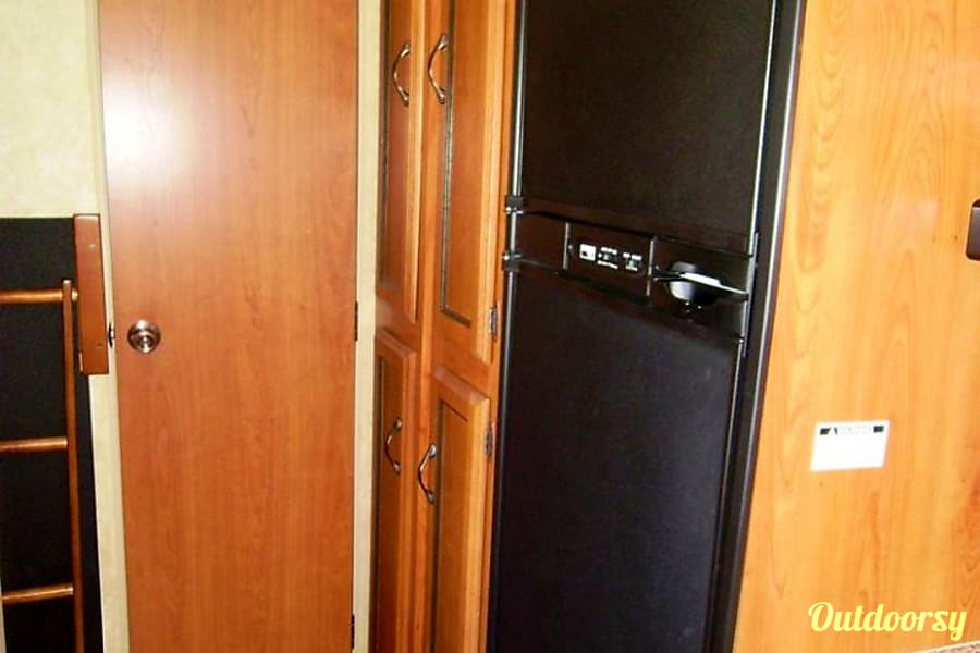 2011 Coachmen Catalina Whitehall, NY Spacious fridge and freezer means ice cream on a hot summer day!